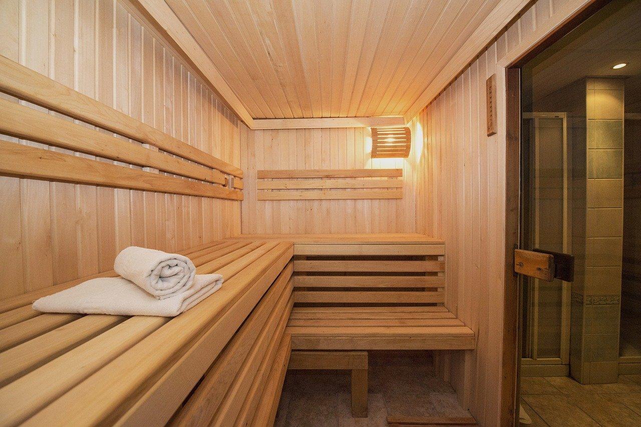 sauna gemaakt van hout